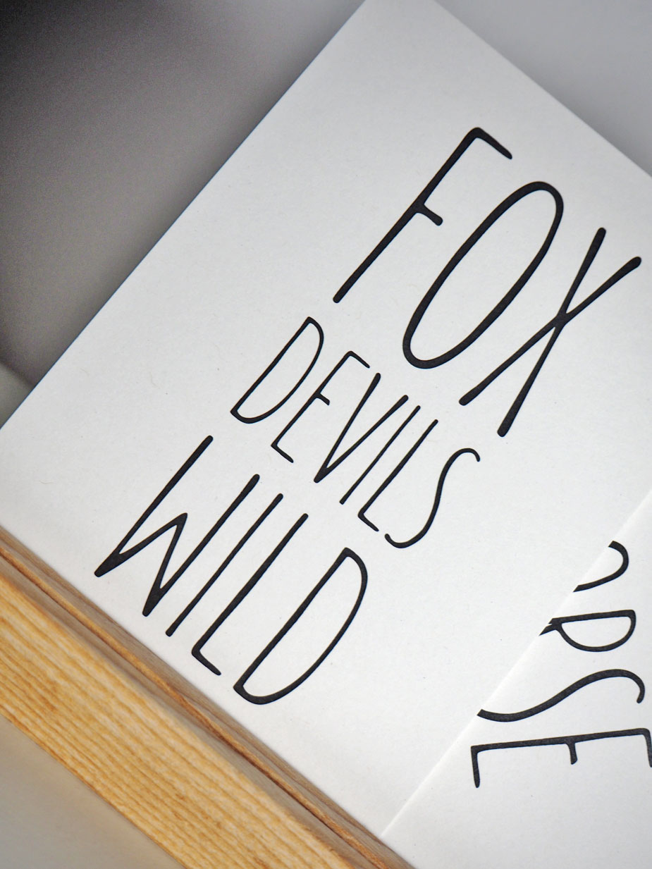 "Postkarte ""FoxDevilsWild"" von LoveStyleLiving in A6 aus Recyclingpapier"